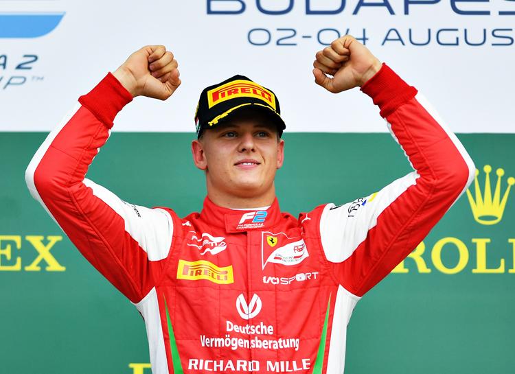 """40880 Свершилось: сын Михаэля Шумахера дебютирует в """"Формуле-1"""""""