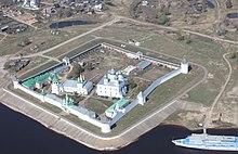 41449 Желтоводский Макарьевский женский монастырь в Нижегородской области: рассмотрим в общих чертах