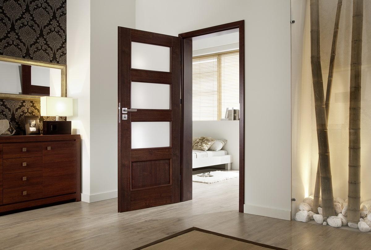 Как подчеркнуть красоту дверей цвета «венге»