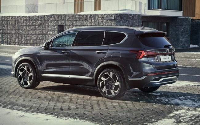 43795 Hyundai Santa Fe: он паркуется с кнопки! И детей баюкает!. Hyundai Santa Fe
