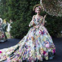 44838 Модный показ Dolce & Gabbana на озере Комо