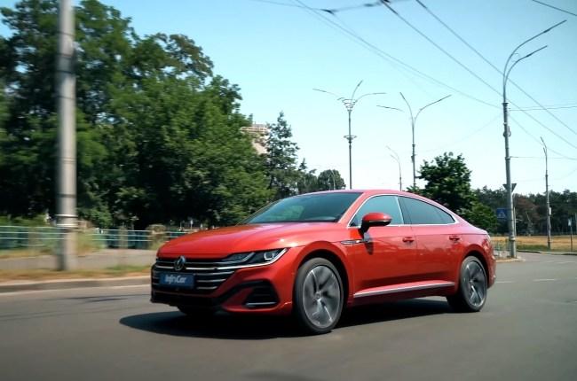 Volkswagen Arteon в движении
