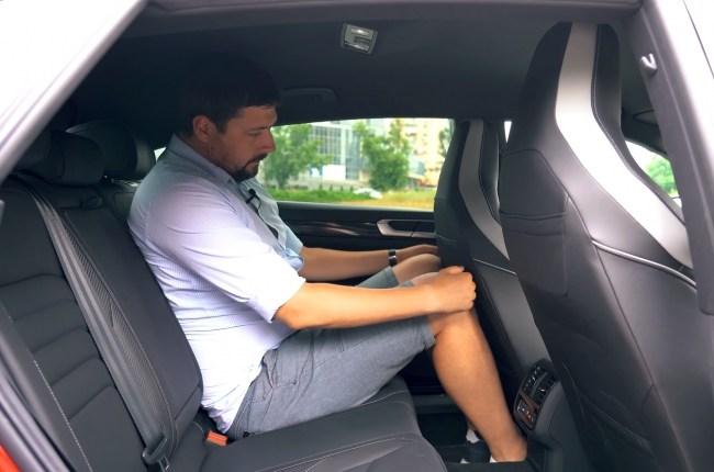 Volkswagen Arteon второй ряд сидений