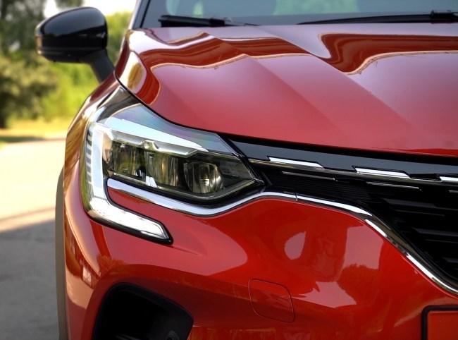 Renault Captur фары