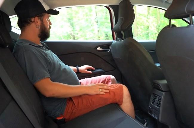 Renault Captur задний ряд сидений
