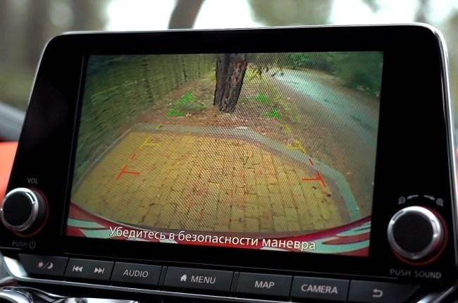 Nissan Juke камера заднего вида