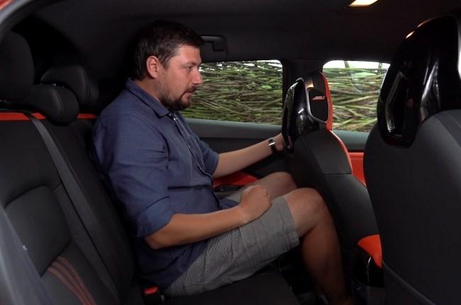 Nissan Juke задний ряд сидений
