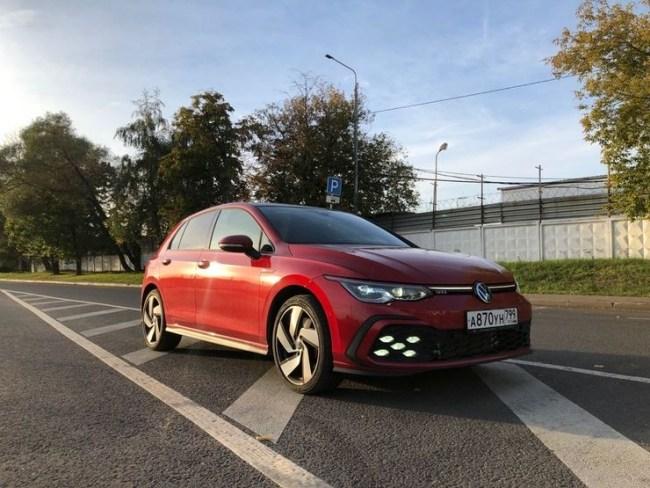 Громкий камбэк: Volkswagen Golf GTI. Volkswagen Golf GTI