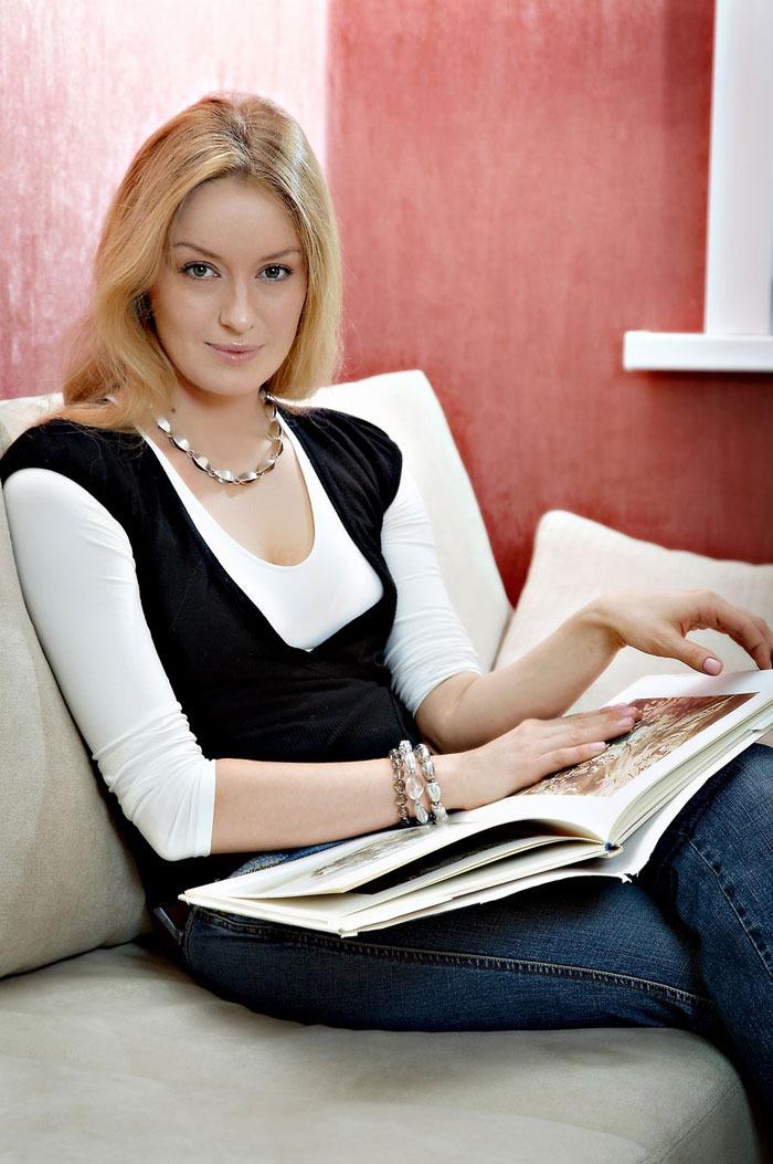 Наталья Гудкова: по-настоящему красивая женщина, как актриса и ее сын от женатого выглядит сегодня