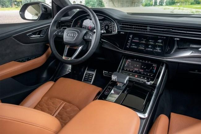 46588 Скромность не украшает. Audi RS Q8. Audi RS Q8 (4M)