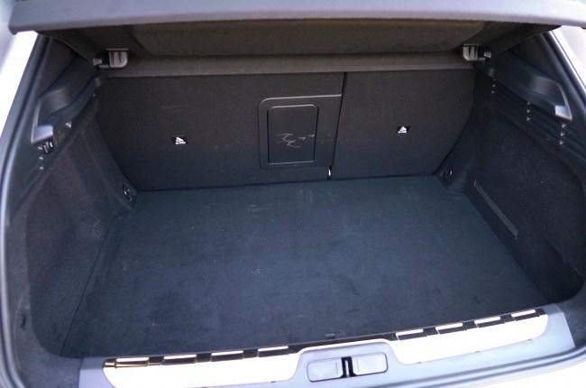 DS 4 багажник