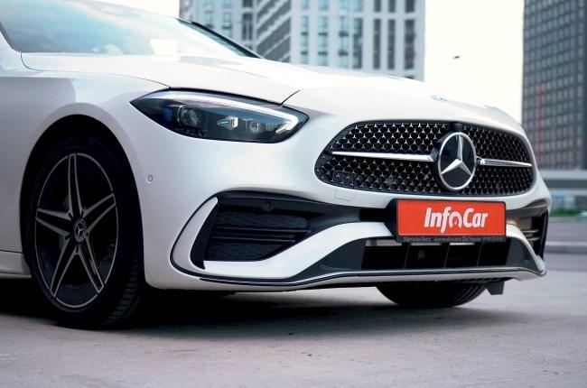 Mercedes-Benz C-Class фары и бампер
