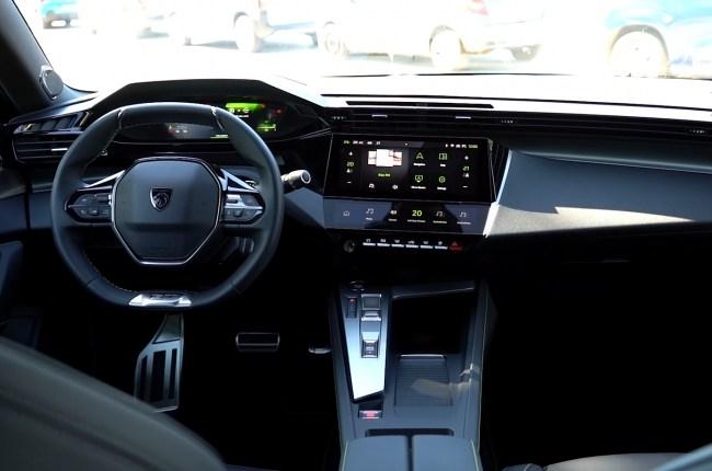 Peugeot 308 салон